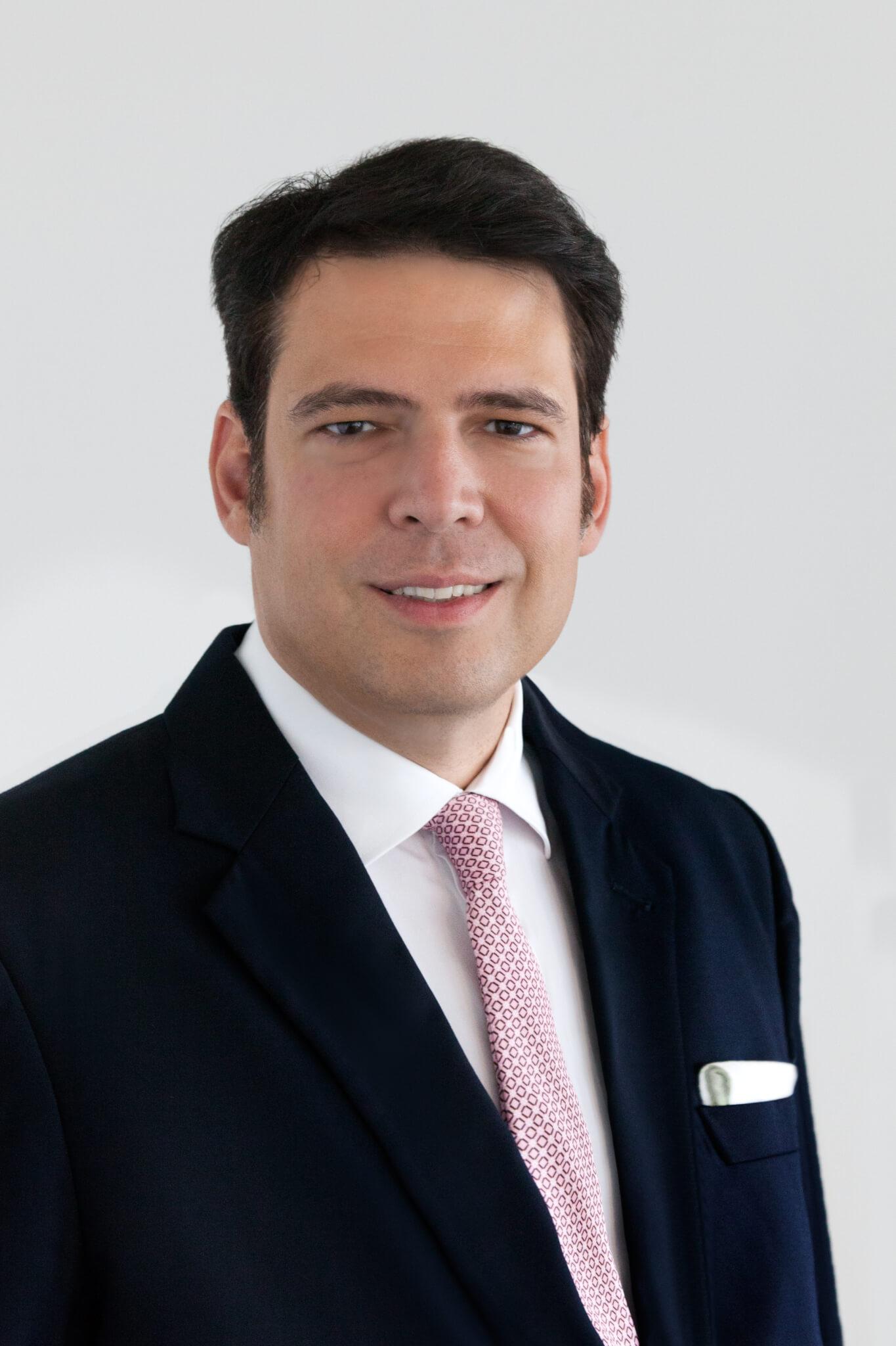 Dr. Maximilian R. Jahn